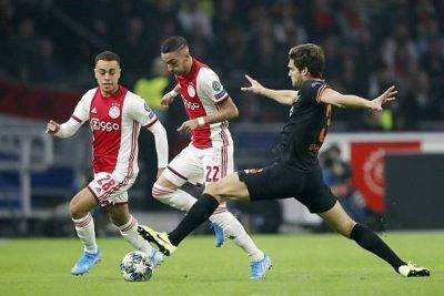 Ajax Amsterdam v Chelsea FC 594x396