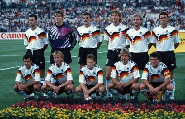 Tysklands landslag i fotboll 594x385